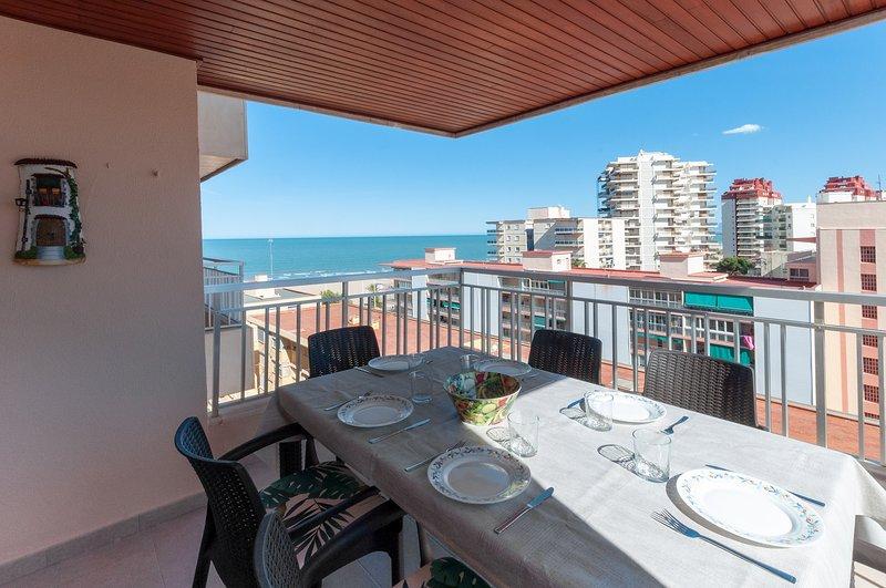 TORRES DEL MAR - Apartment for 8 people in Playa de Gandia, holiday rental in Grau i Platja