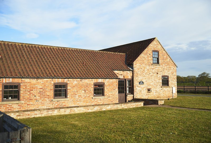 The Old Combine Shed, holiday rental in Alne