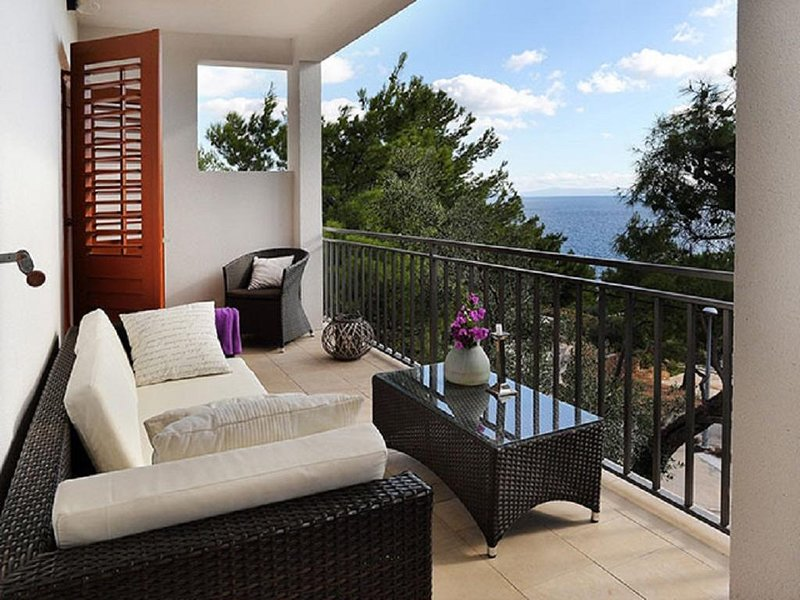 Sveta Nedelja Apartment Sleeps 6 with Air Con - 5792281, holiday rental in Sveta Nedilja