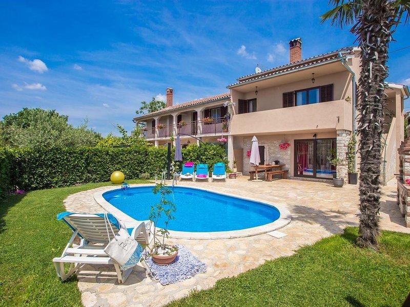 Three bedroom house Radetići, Central Istria - Središnja Istra (K-17183), holiday rental in Mofardini