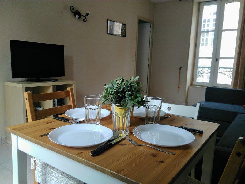 Appartement Centre Historique Bayeux, holiday rental in Saint-Vigor-le-Grand