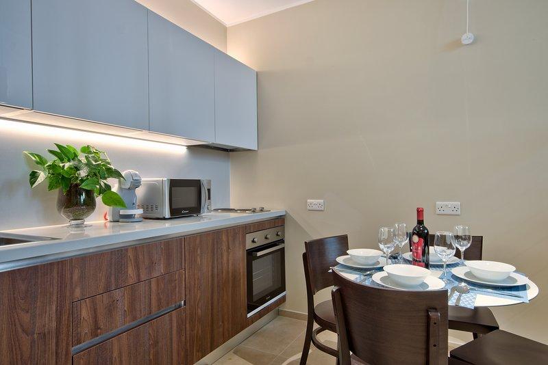 Spinola Park Heights - The Loft, vacation rental in Mqabba