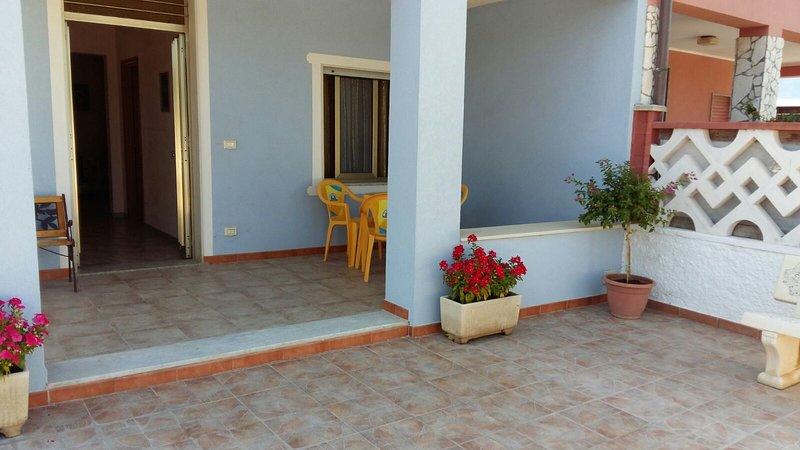 Cozy Villa Near Granelli Beach, Syracuse, Sicily, holiday rental in Granelli
