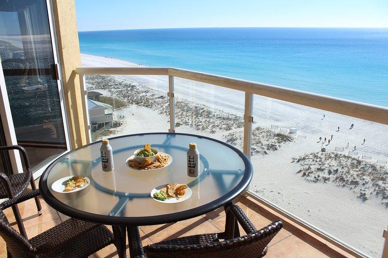 Enjoy snacks over looking the amazing beautiful Gulf of Mexico, 3BR/2BA Emerald Isle #1101