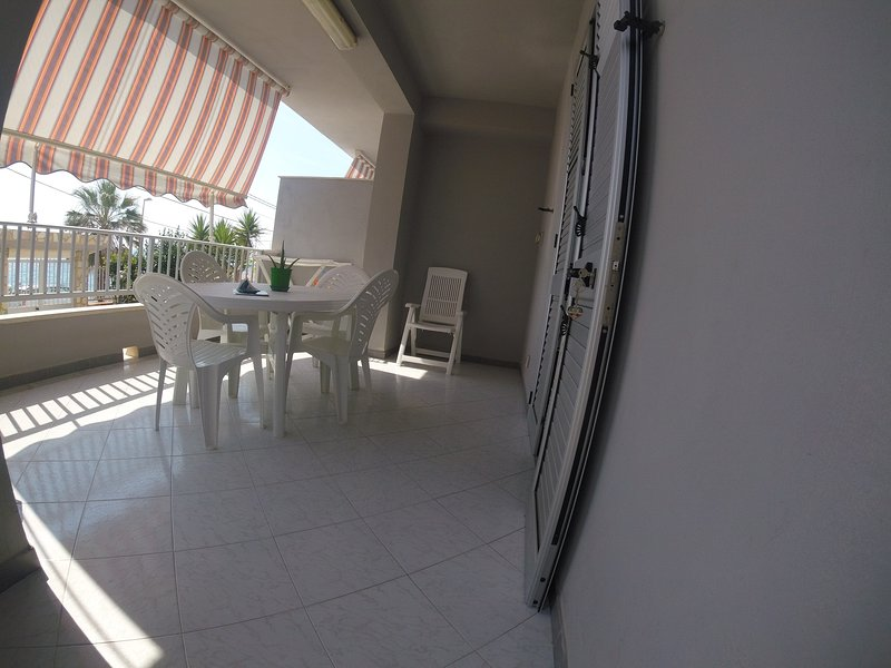 Nice apartment with sea view & Wifi, holiday rental in Ribera