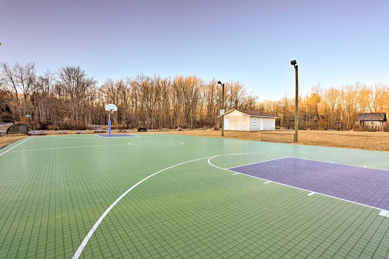 The community also boasts a full basketball court!