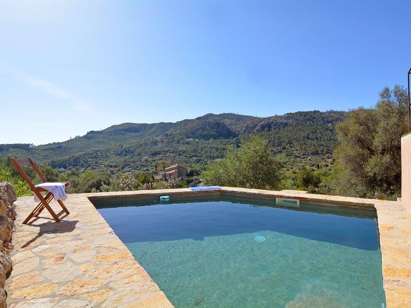 Country cozy house with pool Mallorca 4pax, location de vacances à Galilea