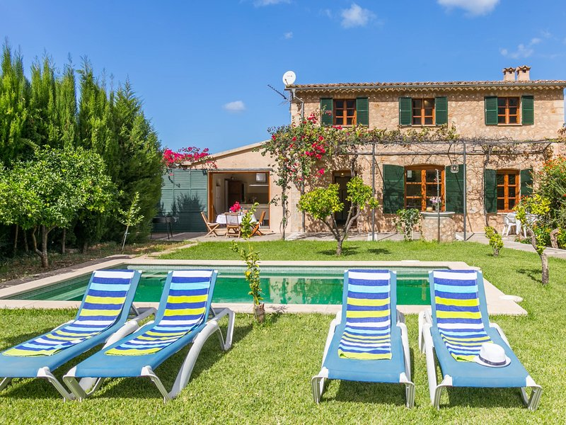 Beautiful Mallorcan Villa with pool in Soller, vacation rental in Soller