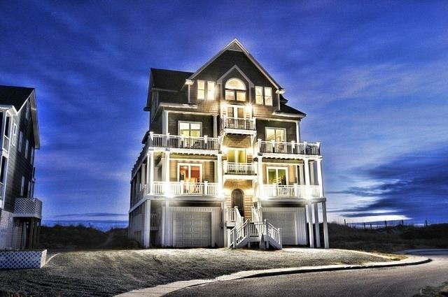 602 Hampton Colony - Twilight Shot