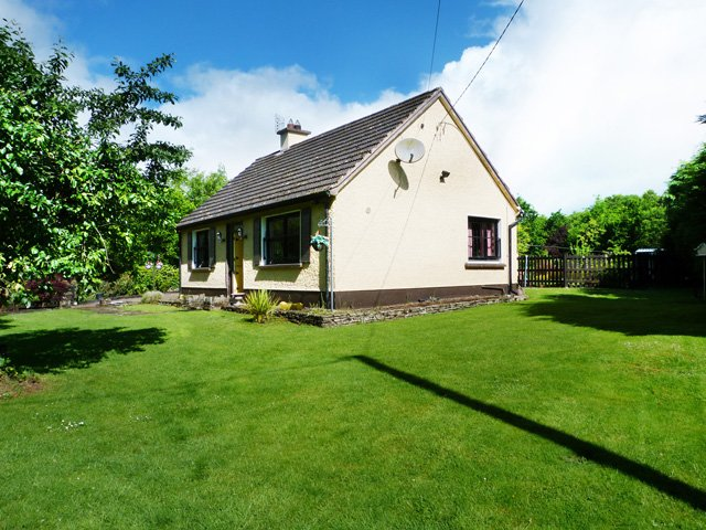 Woodford, Lough Derg, County Galway - 16260, holiday rental in Scarriff