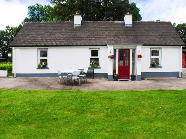 Tubbercurry, Achonry, County Sligo - 15960, vacation rental in County Sligo