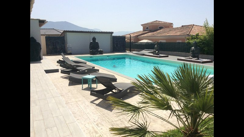 Chambre chez l'habitant, holiday rental in Sarrola-Carcopino