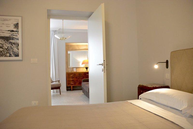 Mercadante Luxury Suite, vacation rental in Altamura