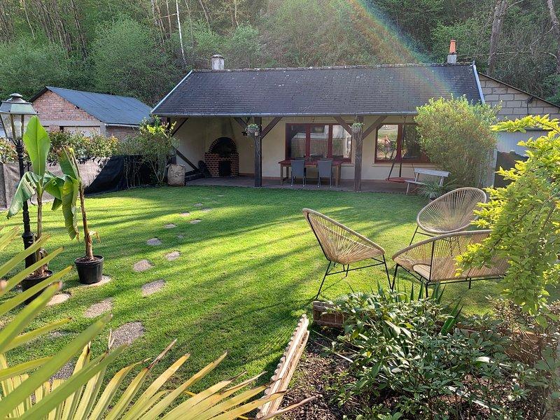 Gîte pour professionnel ou vacancier à Monthermé, holiday rental in Montherme