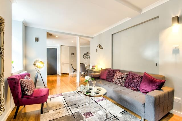Lounge (Sofa Bed)