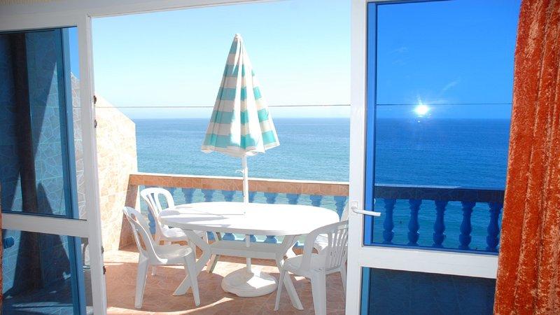BEACH APPARTEMENT 12 Taghazout, Ferienwohnung in Imi Ouaddar