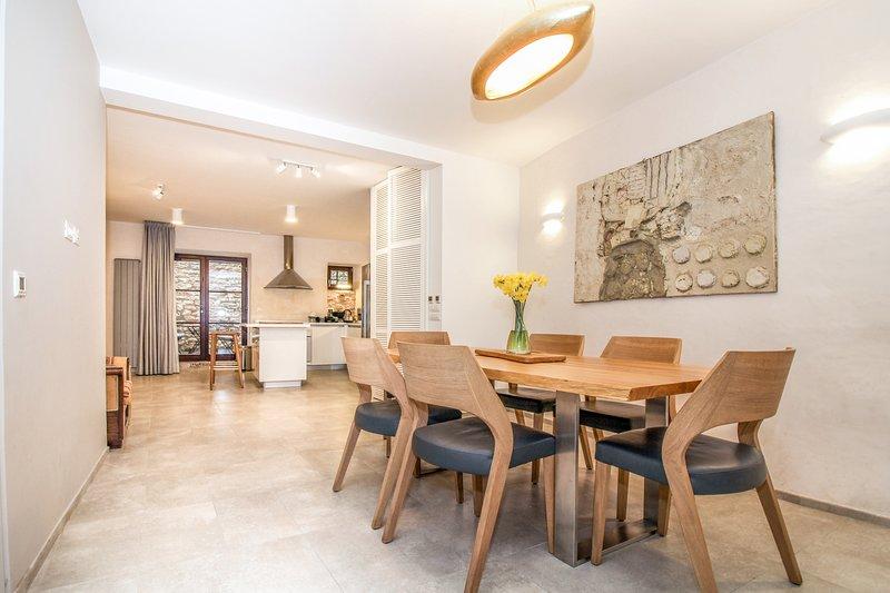 MON PERIN CASTRUM - Villa Castel*****, alquiler de vacaciones en Bale