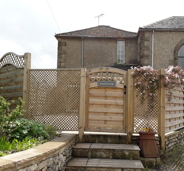 Study Farm Cottage, holiday rental in Bonsall