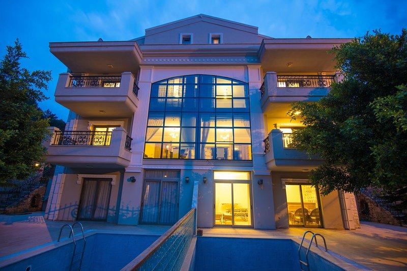 Villa Mete 1 İcmeler Daily Weekly Rentals, location de vacances à Icmeler