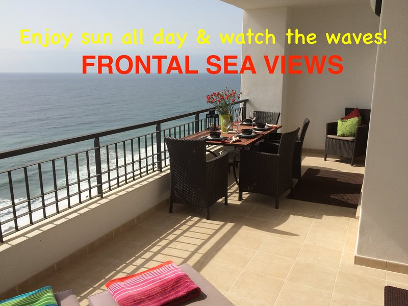 Firstline Beach Penthouse 180°Frontal Seaview Torrox/Nerja, Free WiFi + Parking, vacation rental in Torrox
