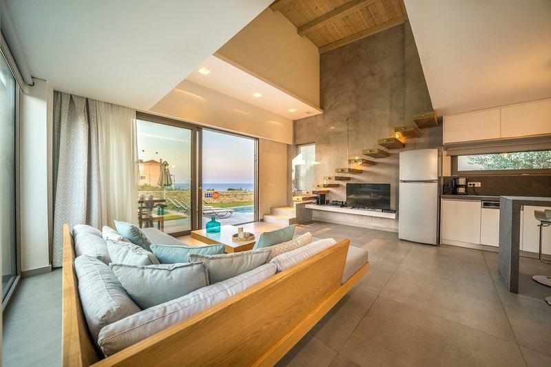 Stalos Villa Sleeps 4 with Pool and Air Con - 5792418, holiday rental in Nea Kydonia