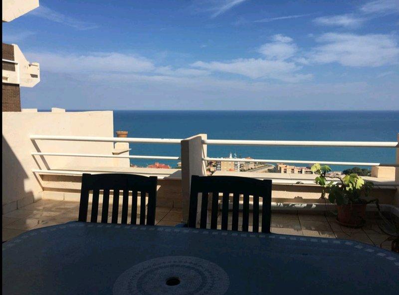Fabuloso piso con vistas al mar, vacation rental in Cullera