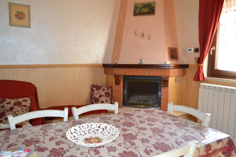 Appartamento Isola d'oro, vacation rental in Aidone