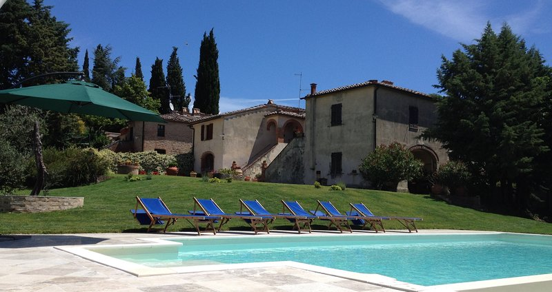 Casale Le Borghe - Apartment n.2 (6 guests) - Montalcino,Toscana, holiday rental in San Giovanni d'Asso