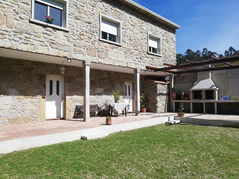 Casa rural en un ambiente natural para buenas vacaciones, casa vacanza a Cuntis