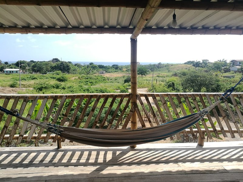 Casa en la playa completa, hermosa visa cerca al mar en la ruta Spondylus, Ferienwohnung in Machalilla National Park