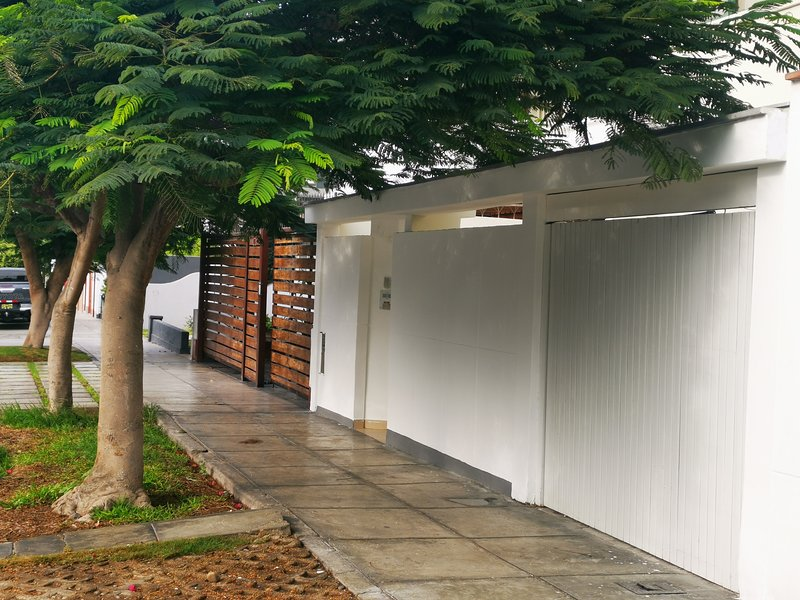 Casa em Miraflores. Numa zona calma e perto das principais atracções de Miraflores.