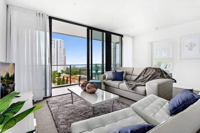 Lounge living