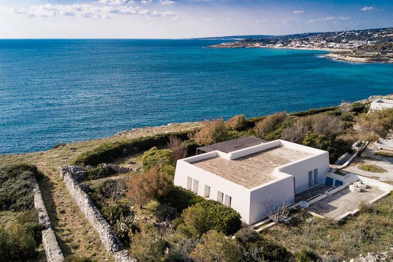 Villa Finestre sul Mare II, holiday rental in Marina di Felloniche