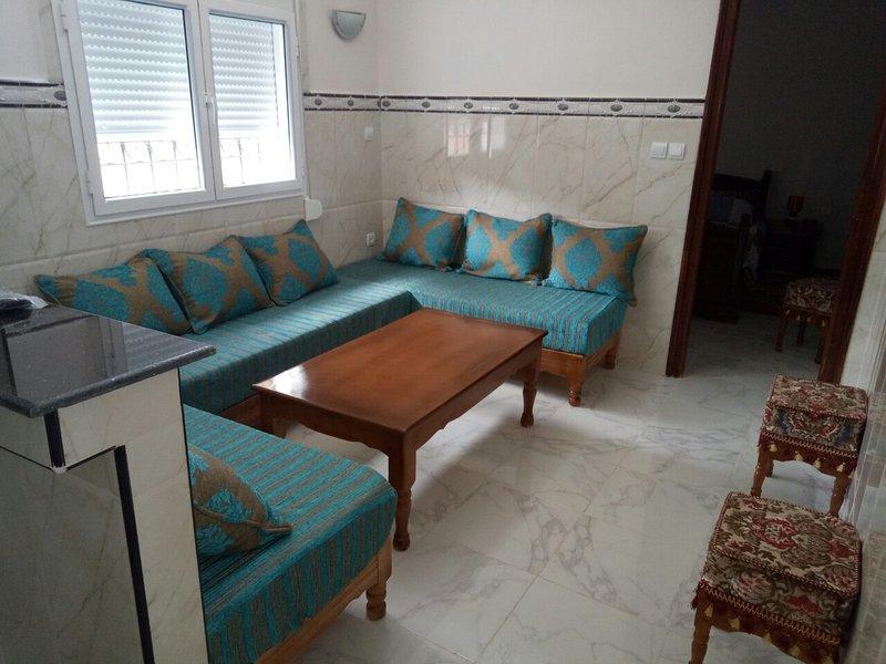 Petire maison neuve familiale centre historique, vacation rental in Tlemcen