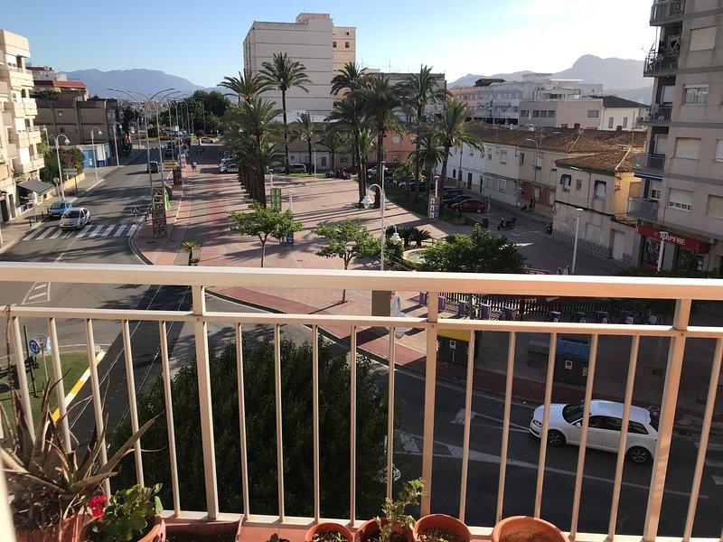 ÁMPLIO APARTAMENTO EN PLAYA DE GANDIA, vacation rental in Playa de Gandia