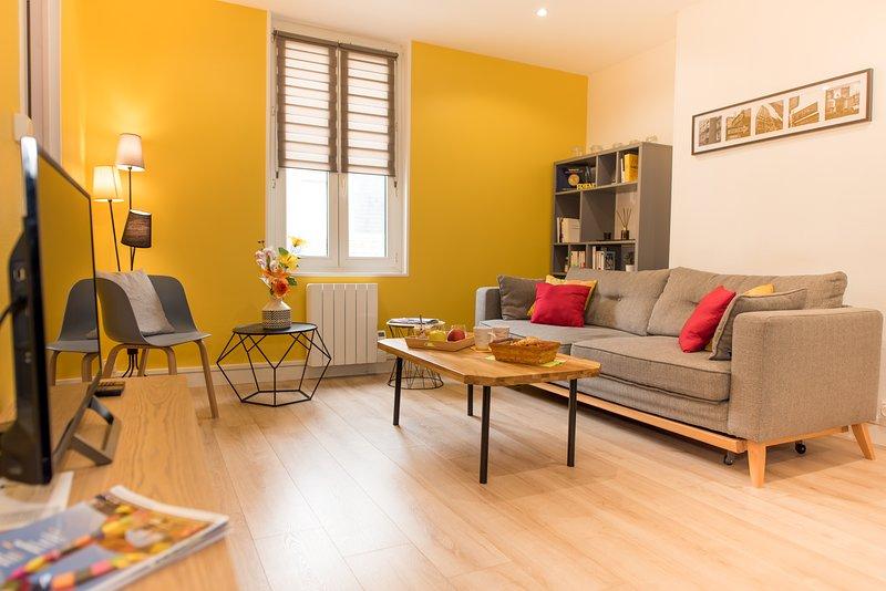 Appartement élégant ensoleillé et tout équipé en centre-ville, casa vacanza a Montivilliers