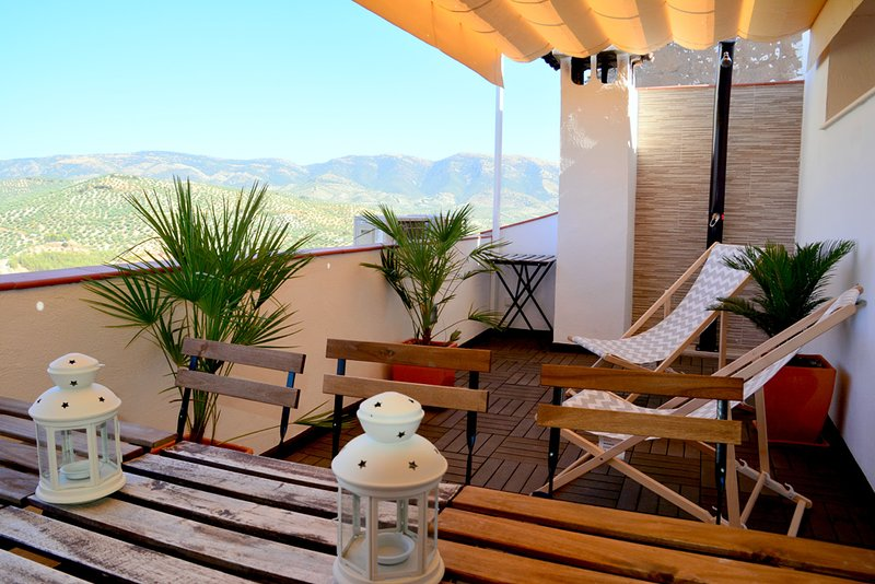 Beautiful house with mountain view, alquiler vacacional en Alcaudete