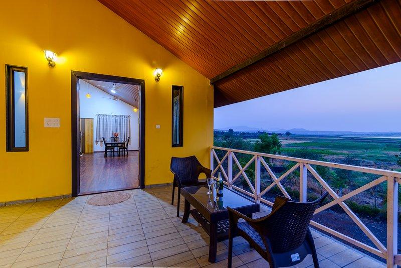 Lake View Holiday Villa Near Sula Winery, vacation rental in Nashik