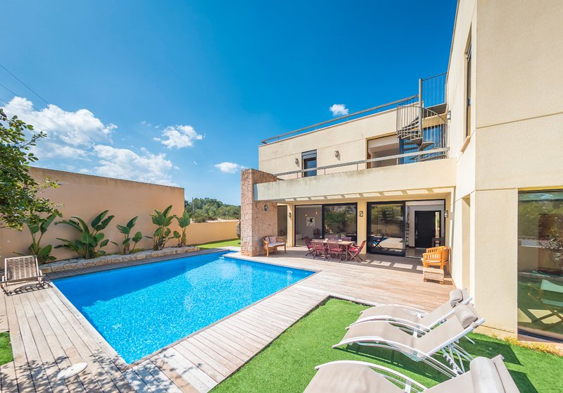 Villa Sa Marinada | 100m de Mar, location de vacances à Port d'es Torrent