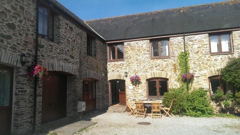 Oak Cottage, Buckland Court, South Devon., vacation rental in Kingsbridge