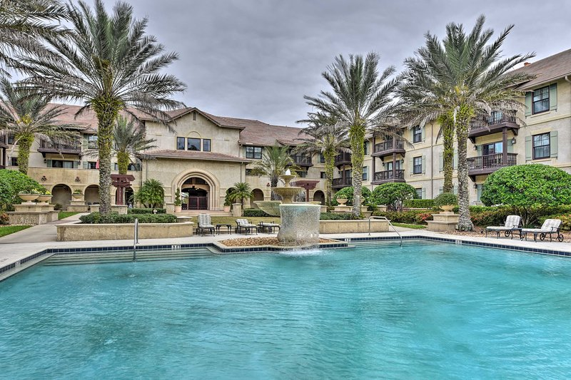 NEW! World Golf Village Resort Condo w/Pool Access, holiday rental in St. Johns