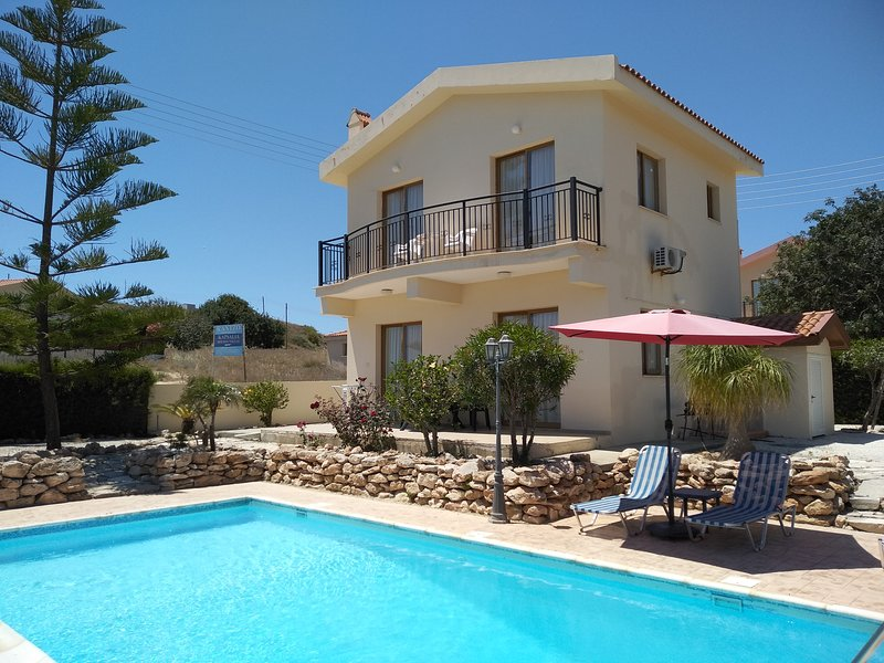 Kapsalia Holiday Villa #5, holiday rental in Pissouri