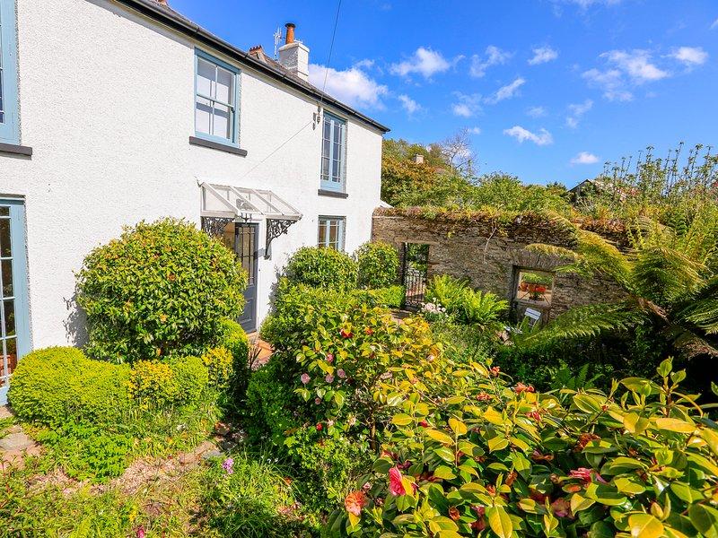 ROSEVINE, Spacious rooms, Grade II listed, En-suite, WiFi, Slapton, vacation rental in Slapton