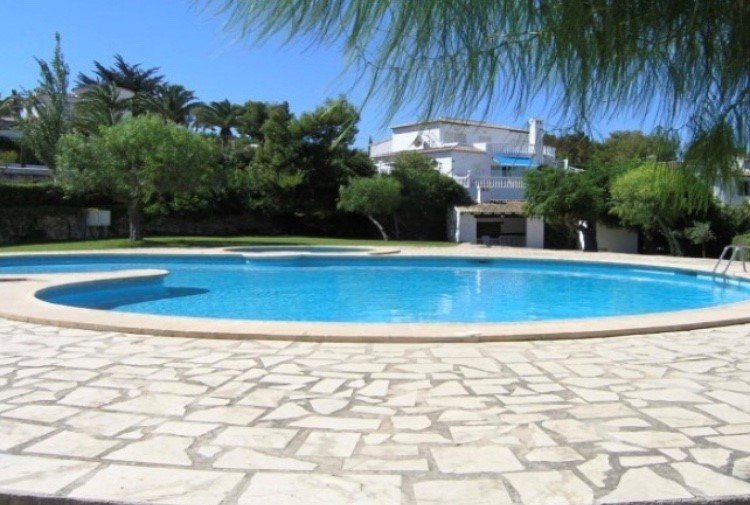 Private villa in Pla del Mar, Moraira only 10 minutes walk to the town centre, holiday rental in Moraira