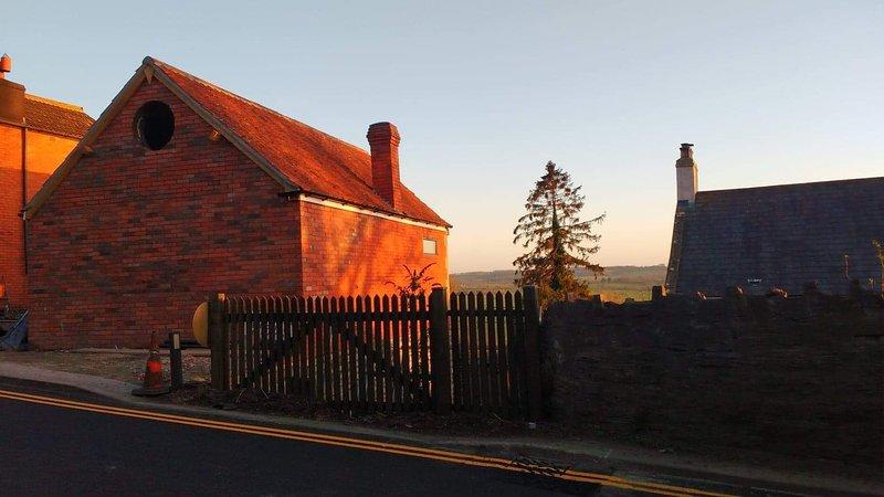 The Hayloft, holiday rental in Glastonbury