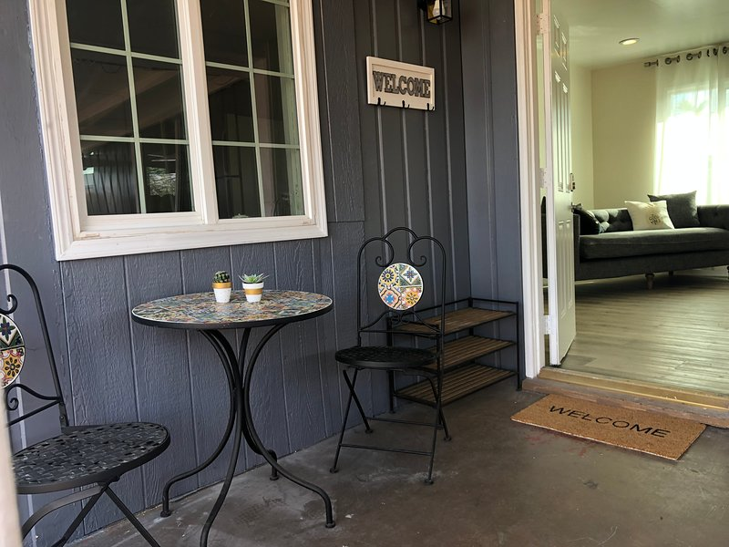 LA cozy cottage 2ba2b in Arcadia,walking distance to supermarket and restaurants, holiday rental in San Gabriel