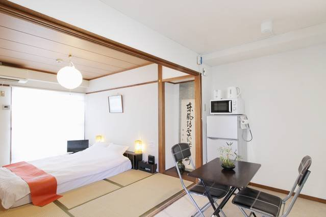 Best location ! 1 min walk to Peace Park Dome -701, holiday rental in Hiroshima