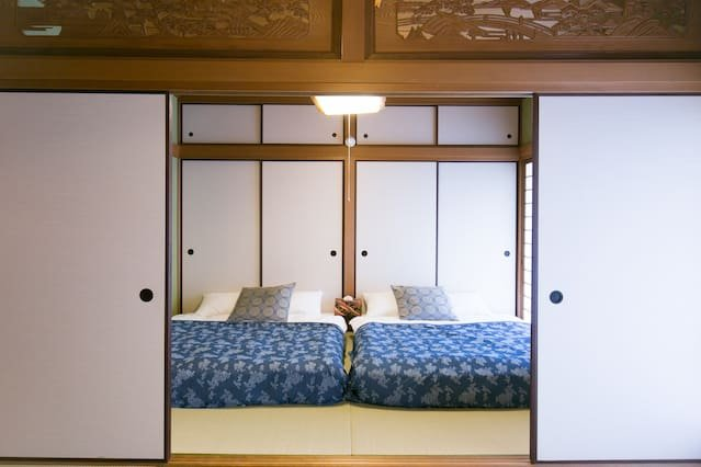 2 queen size comfortable bed on the tatami room, surely nature