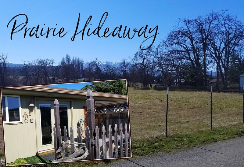 Romantic Hideaway in the heart of Sequim  Romantic hideaway in the heart of Sequ, location de vacances à Gardiner