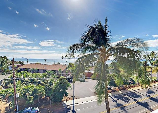 New Availability! Ocean-View Lanai & Pool, Across from Kalama Beach,Cove Park, location de vacances à Maui